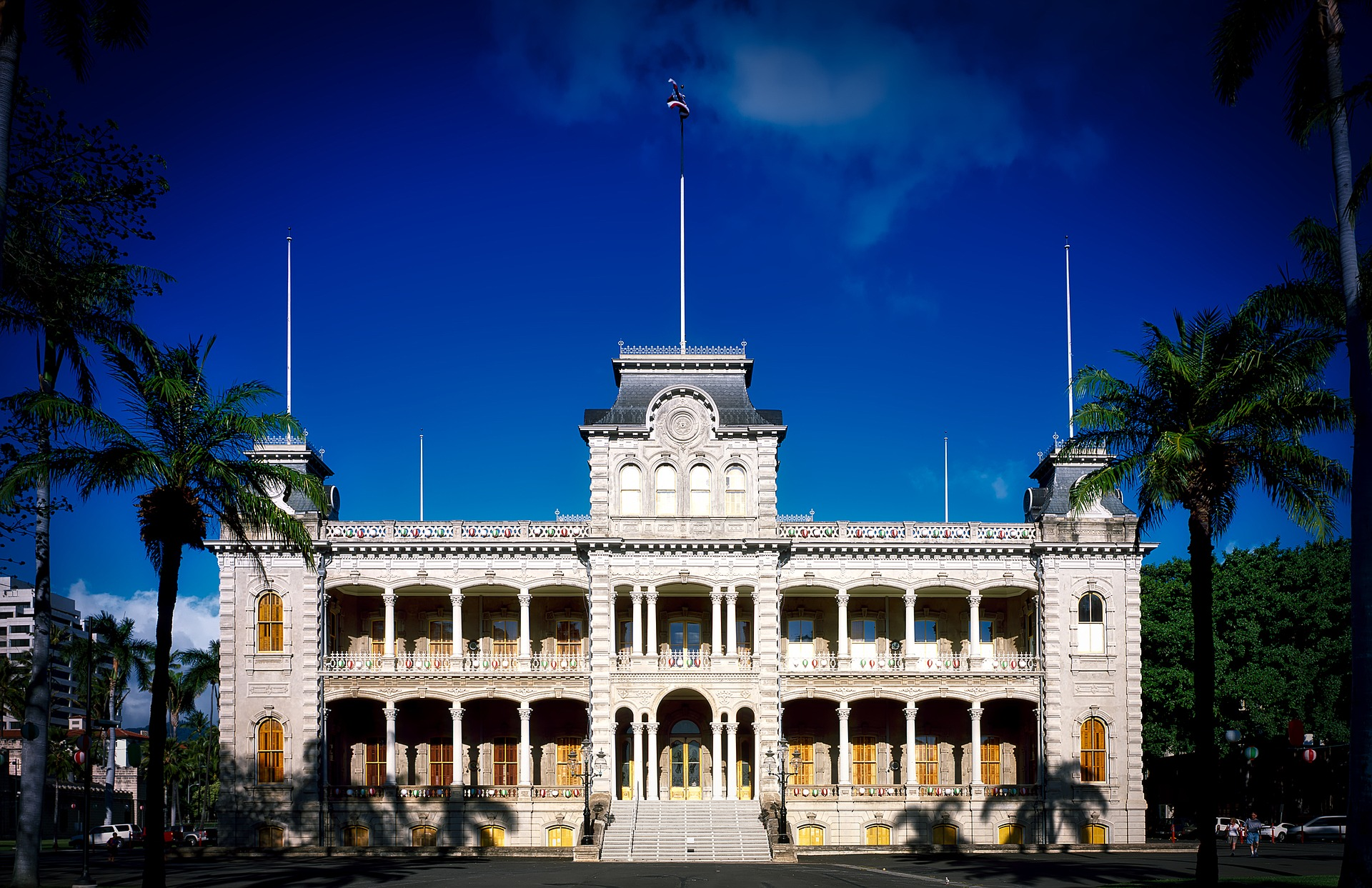 family activities near aulani number 4: iolani palace