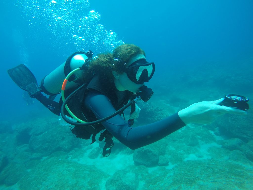 How to improve your underwater navigation for scuba diving