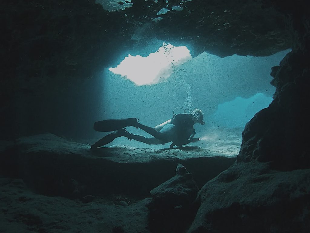 Top Five Ways to Stay Safe Scuba Diving